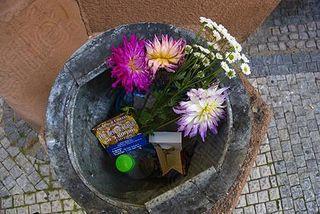 Flowers-flower-bin-dustbin